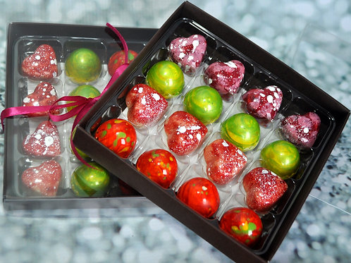 VEGAN/DAIRY FREE. Medium box of Handmade ARTISAN chocolates