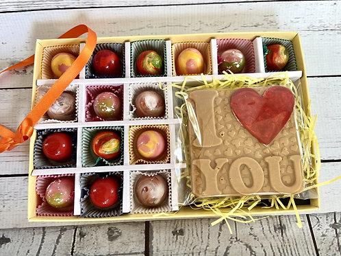 15 Handmade ARTISAN chocolates with a ILOVEU chocolate bar