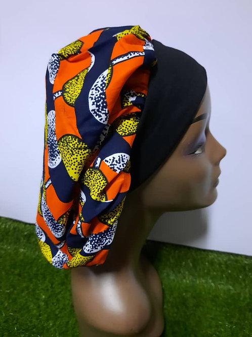 Bonnet bande noire motif jaune/orange/blanc