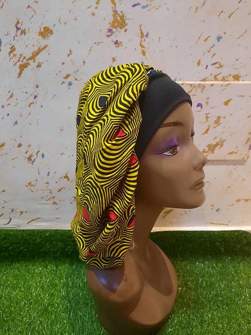 Bonnet bande noire motif jaune et orange