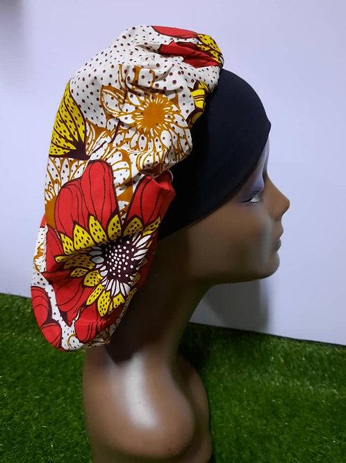 Bonnet bande noire motif rouge/jaune
