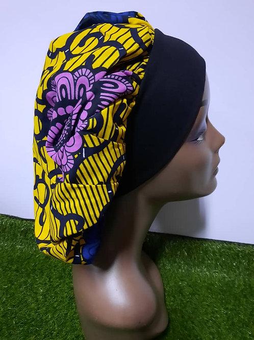 Bonnet bande noire motif mauve/jaune