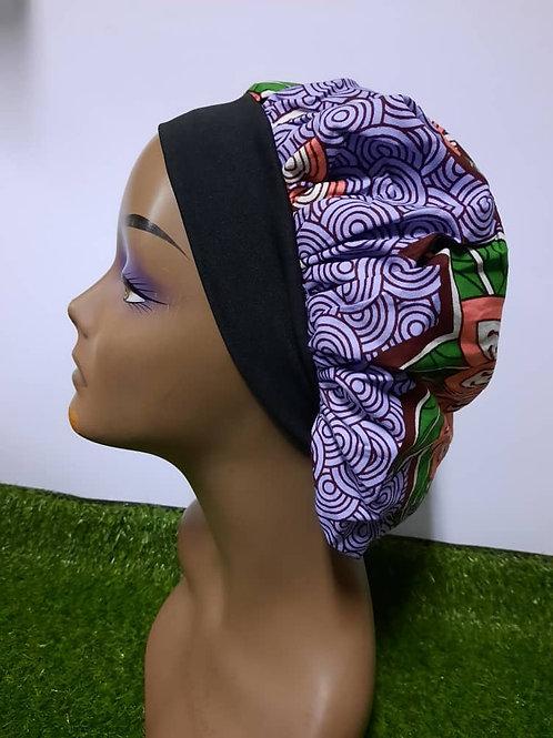 Bonnet bande noire motif violet