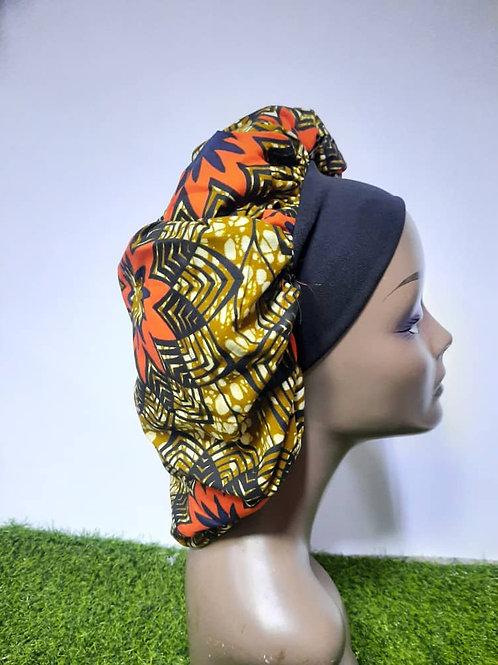 Bonnet bande noire motif orange/jaune/noir