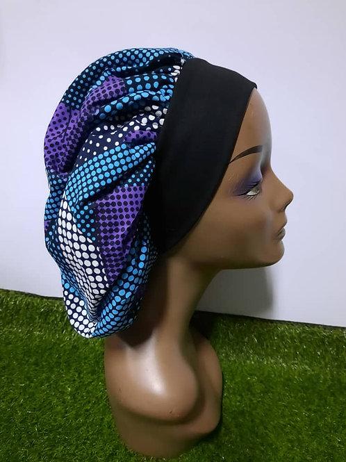 Bonnet bande noire motif mauve/bleu