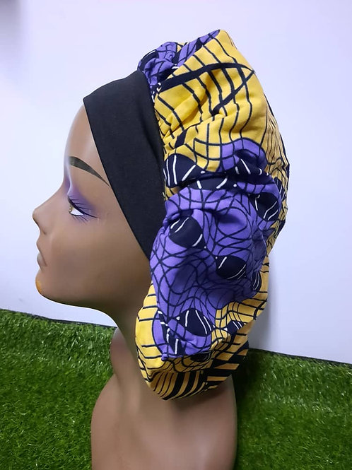Bonnet bande noire motif mauve/jaune pâle