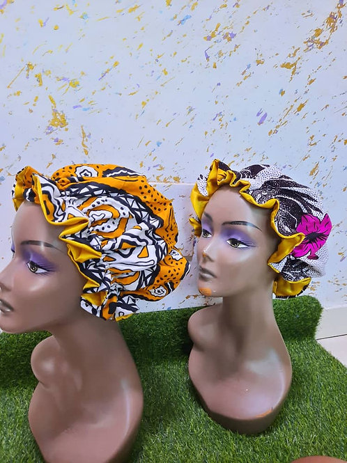 Bonnet avec bande élastique et motif