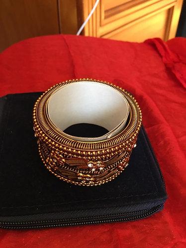 Golden stone studded bangle set