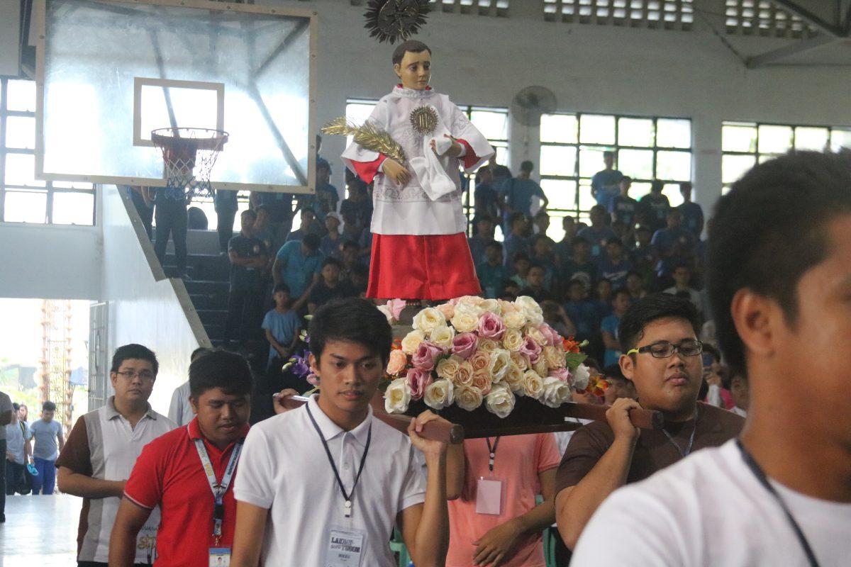 Nine Bulacan Altar Servers, First Recipients of Gawad Obispo Almario