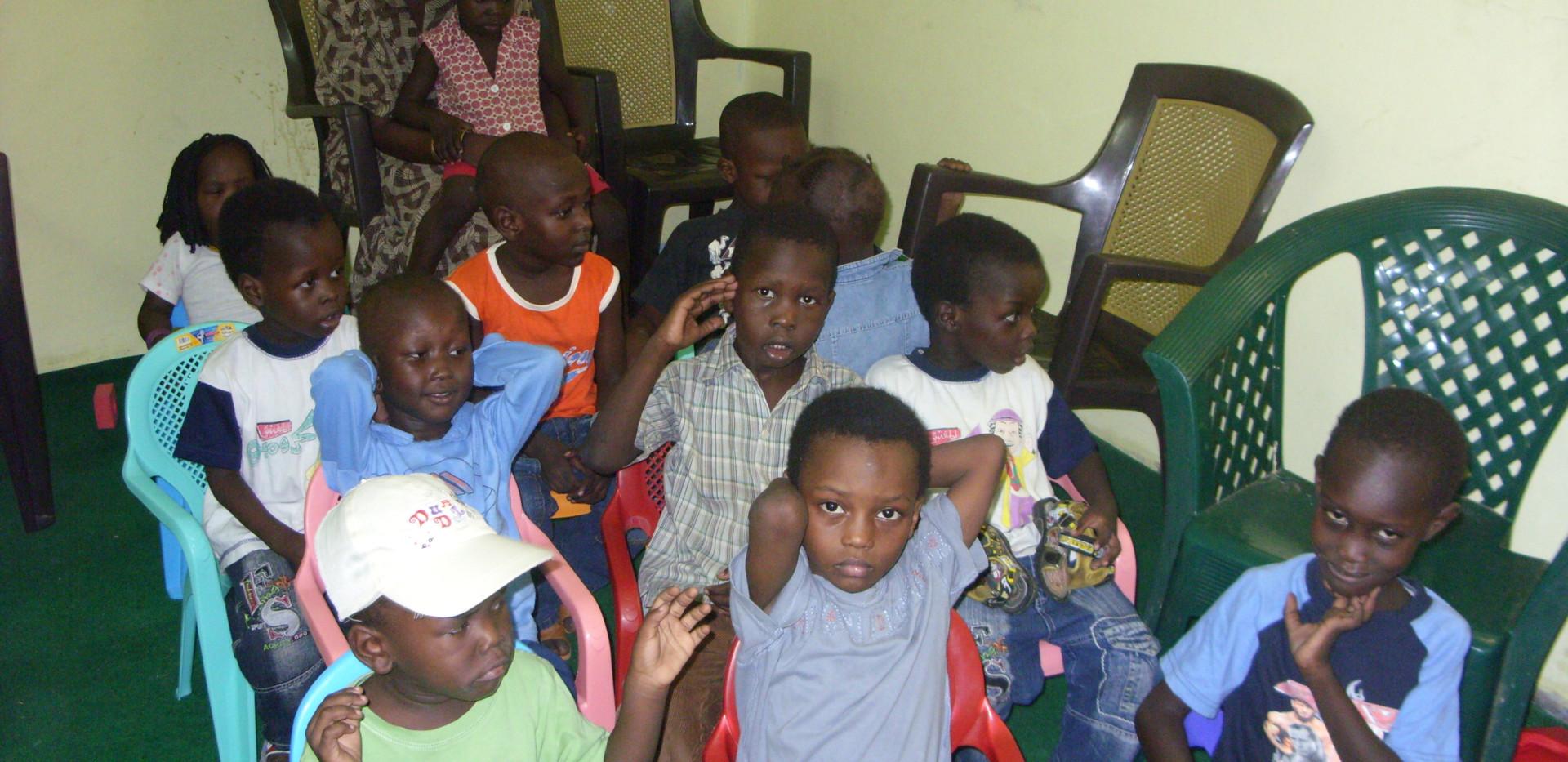Kids are praying.JPG