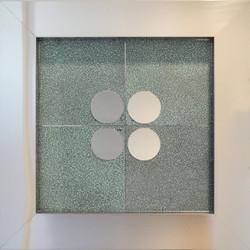 Four Dots