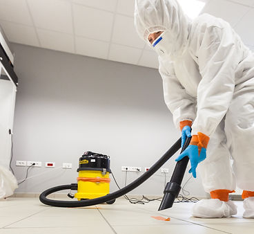 Decontamination of a room after an incid