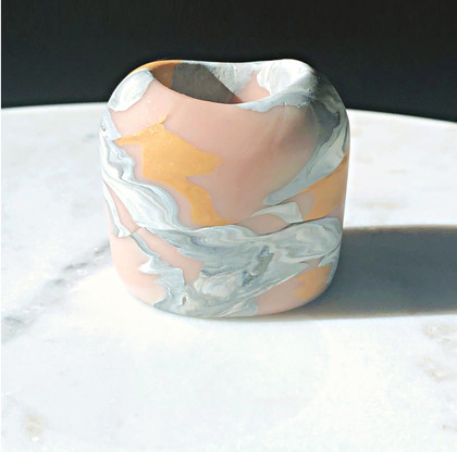 Mini marbled vase