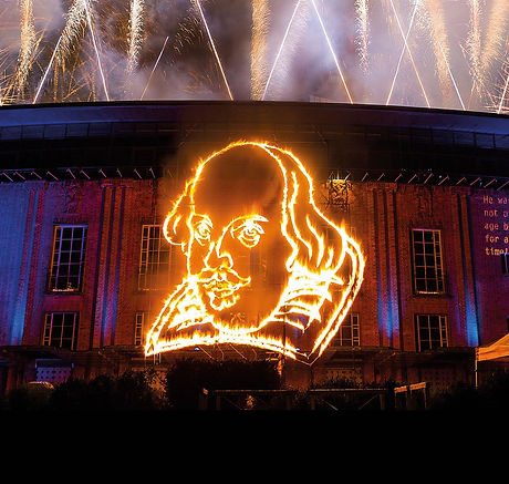 shakespeare_fireworks_2016_400_anniversary_celebrations_2016_photo_by_lucy_barriball_c_rsc_181999.tm