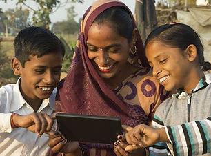 Using-Tablet-Main-Article-1.jpg