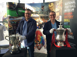 Hands on the silverware (Napoli at home Oct 17)