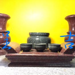 香爐、花瓶、薦盒、茶杯