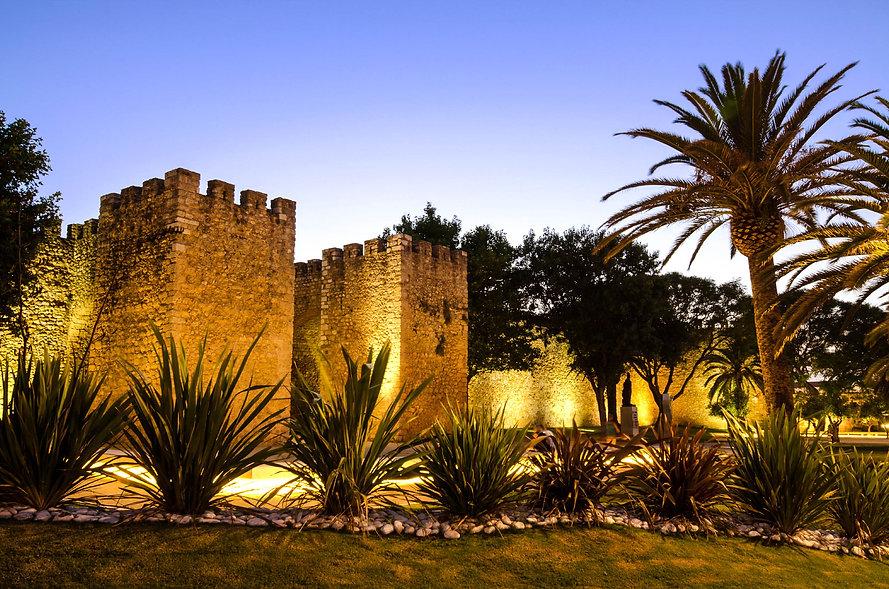Wände-in-der-Altstadt-von-Lagos-Portugal