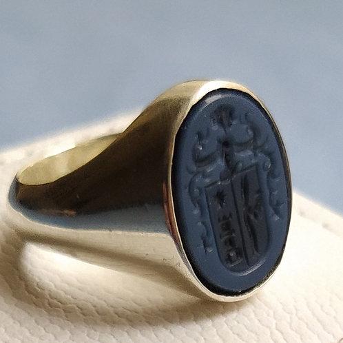 anillo plata con escudo grabado