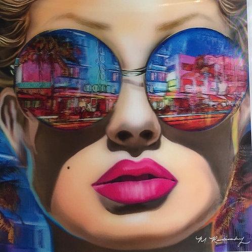 Mujer con anteojos 3D