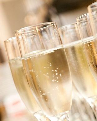 Champagne-bobler_edited.jpg