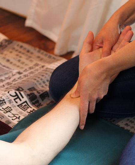 Reims Shiatsu massage massages acupression soins énergétiques Marne bien-être Centre Harmonie médecines douces thérapies complémentaires alternatives