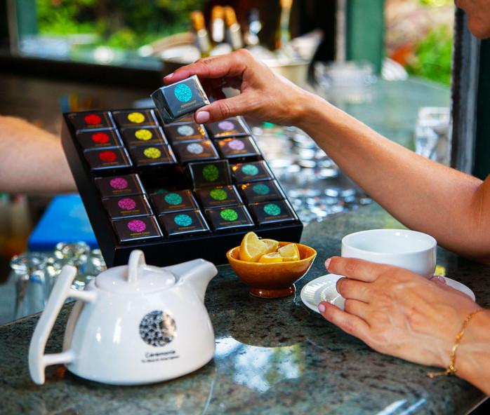 תיונים של סרמוני - שפע של אפשרויות וטעמים – תה מושלם למשרד