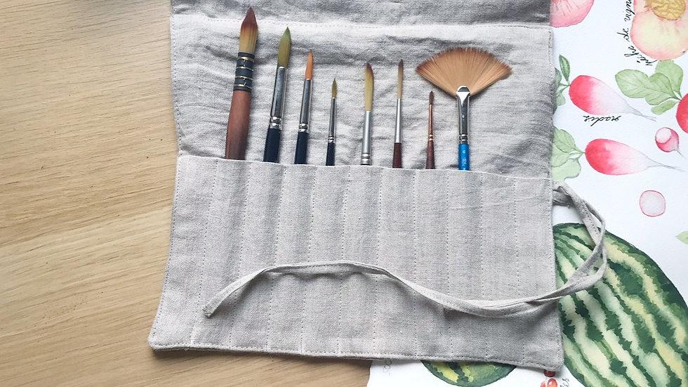 Linen poach for brushes