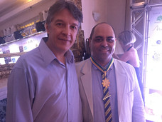 Chef Davi Costa com sósia Bon Jovi