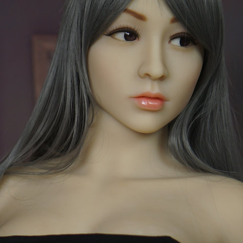 Leah 161cm