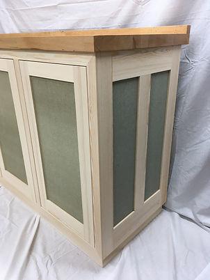 cabinet thwaites 02.jpg