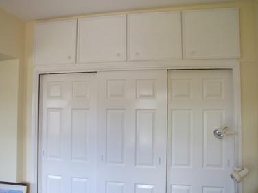 Sliding door cupboard.
