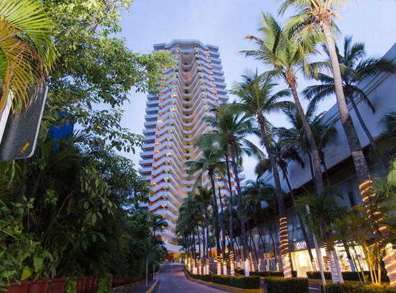 HS_HOTSSON_Smart_Acapulco_Building_Entra