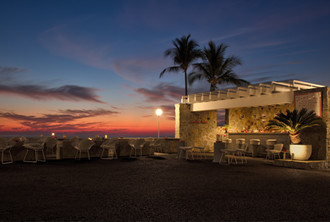 22-Sunset bar-10-03.jpg
