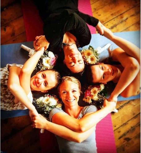 moseley yoga hen party.jpg