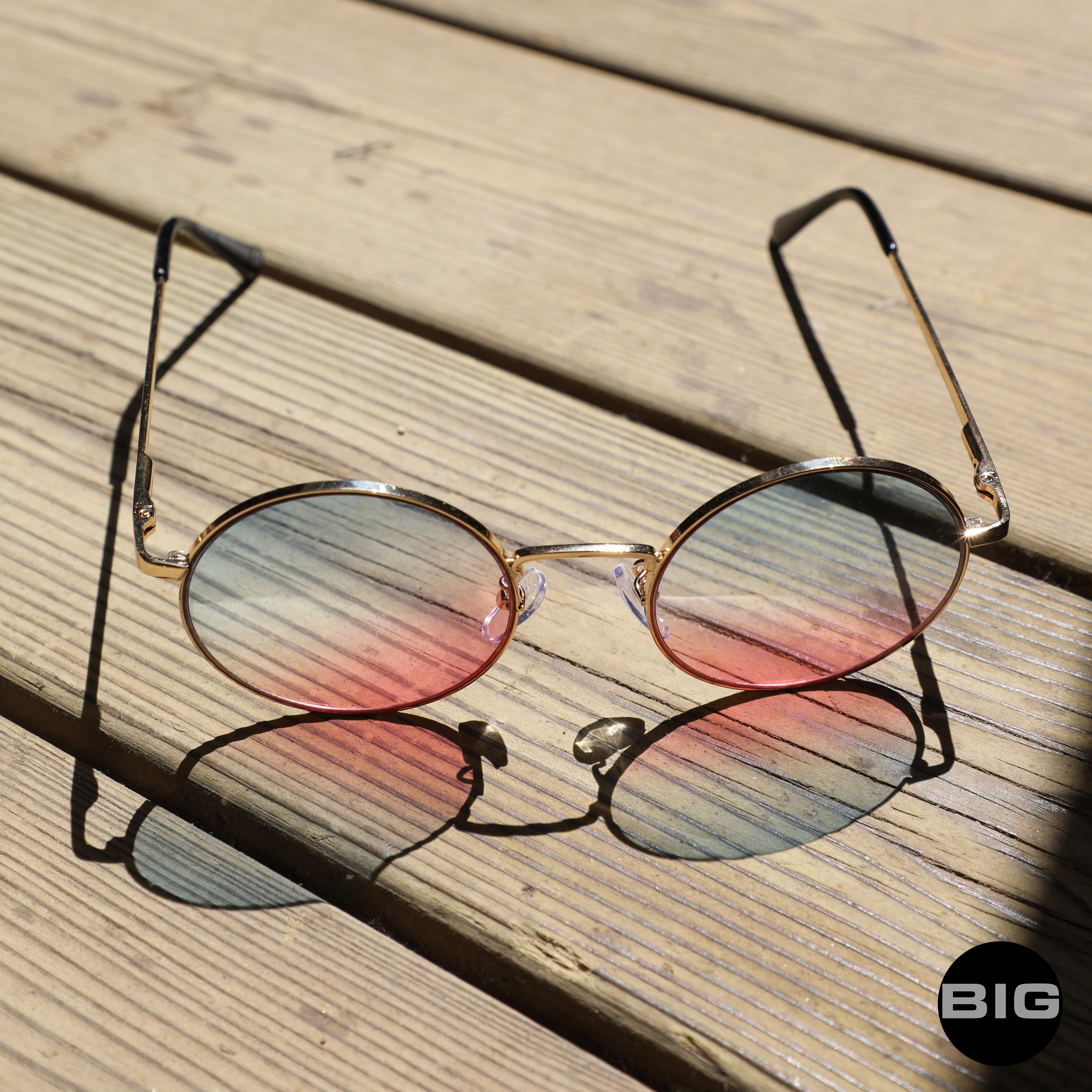 lunettes bleu rose