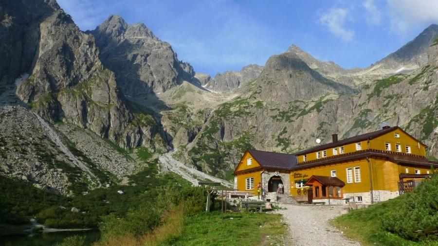 the-zelene-pleso-hut