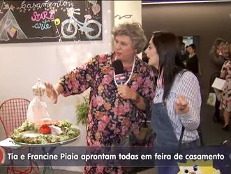 Saiu na TV Gazeta: Tia e Francine Piaia aprontam todas em feira de casamento