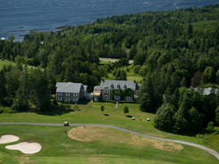 Anderson House and 9th hole.jpg