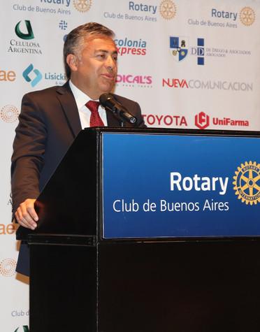 ALFREDO CORNEJO EN EL CICLO DE CONFERENCIAS DEL ROTARY CLUB DE BUENOS AIRES