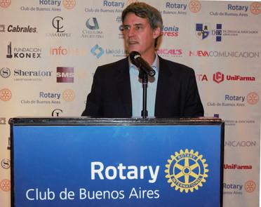 ALFONSO PRAT-GAY EN EL CICLO DE CONFERENCIAS DEL ROTARY CLUB DE BUENOS AIRES