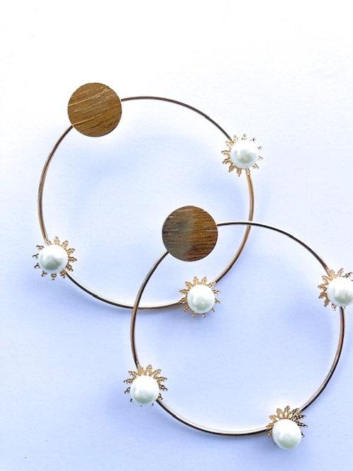 Tri-Pearl hoop