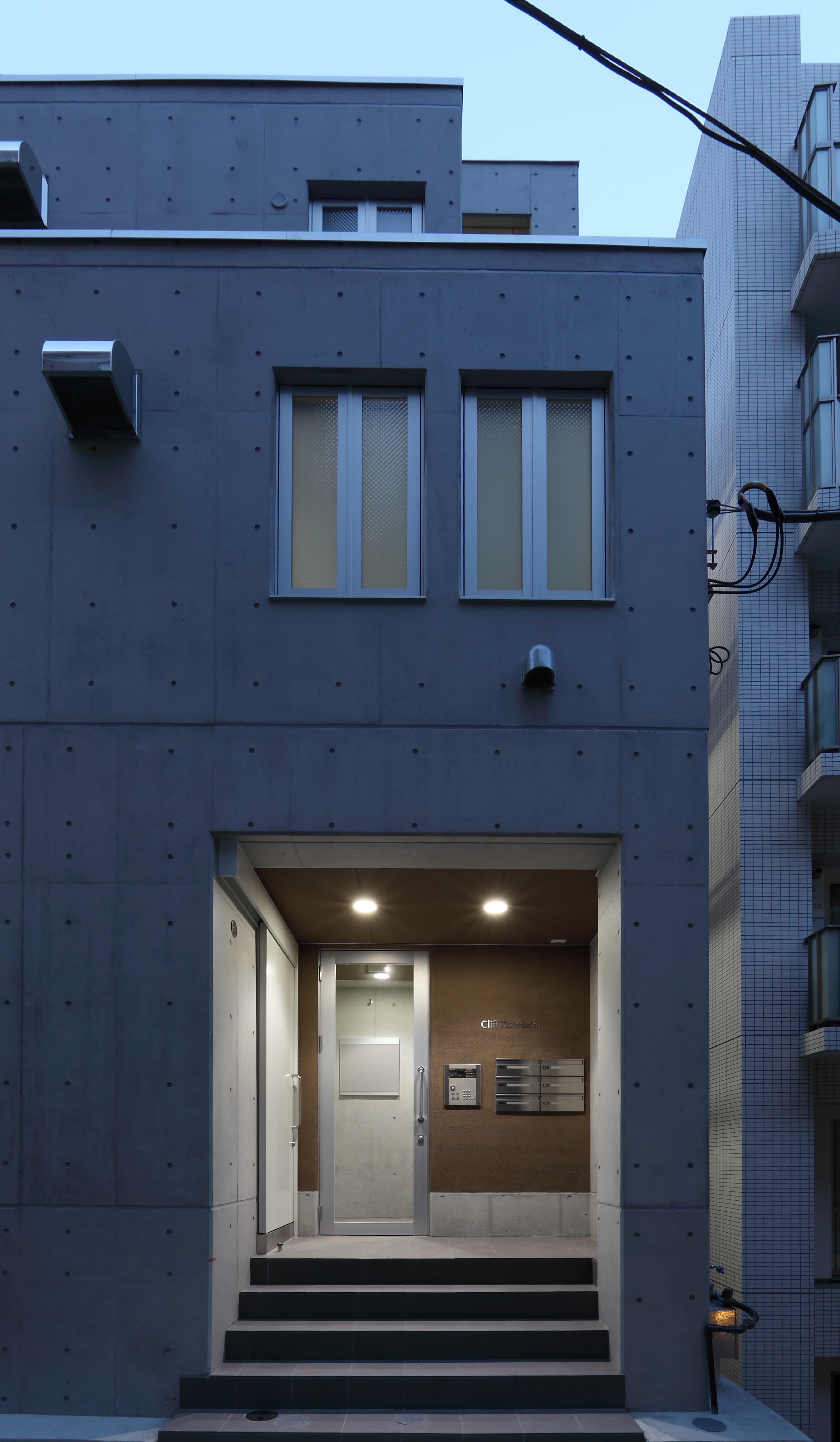 014 玄関ポーチ 夜景