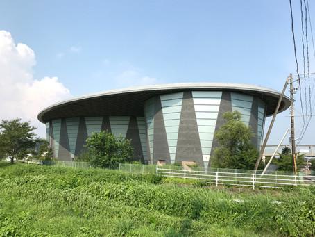 磐田市の豊岡中学校体育館