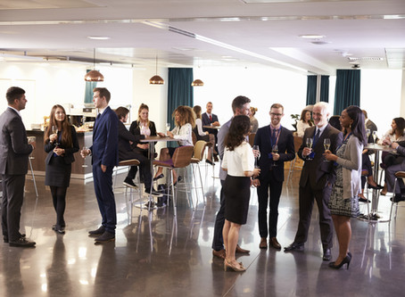 Networking Etiquette Rules for Happy Hour with Co workers