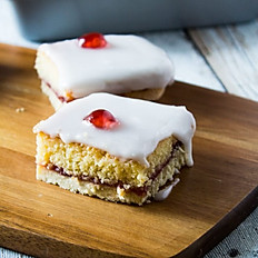 Bakewell Tart Tray Bake (48 pieces)