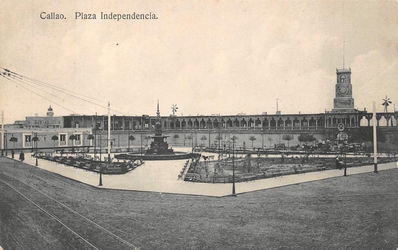 plaza independencia.jpg