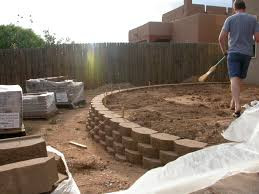 retaining wall build.jpg