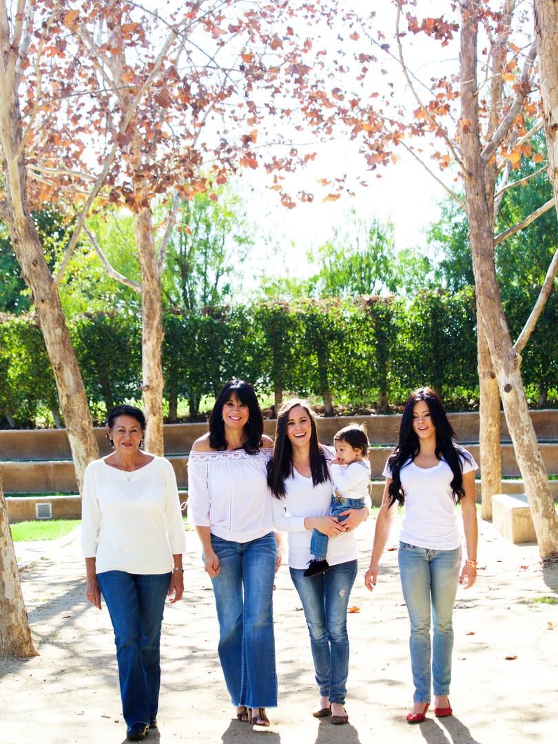 Family Photoshoot (Summer)