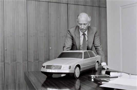 Responsable de la recherche et du développement Mercedes-Benz. (c) Daimler AG